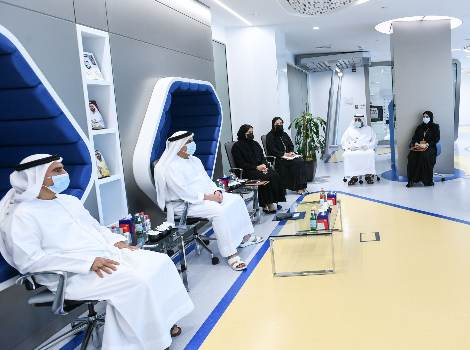 an image of Al Tayer attending a briefing about the efforts of the Technology Sector in coping with Covid-19 crisis