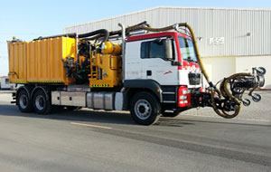 RTA uses water jet blasting technology to remove road markings