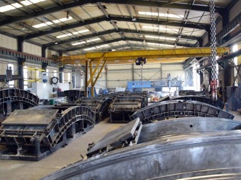 Manufacturing of concrete molds for tunnels of Route 2020 in Korea